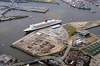 Deutschland, Hamburg,  Hafencity,  Queen Mary 2, Kreuzfahrtschiff, Grassbrook, Elbe