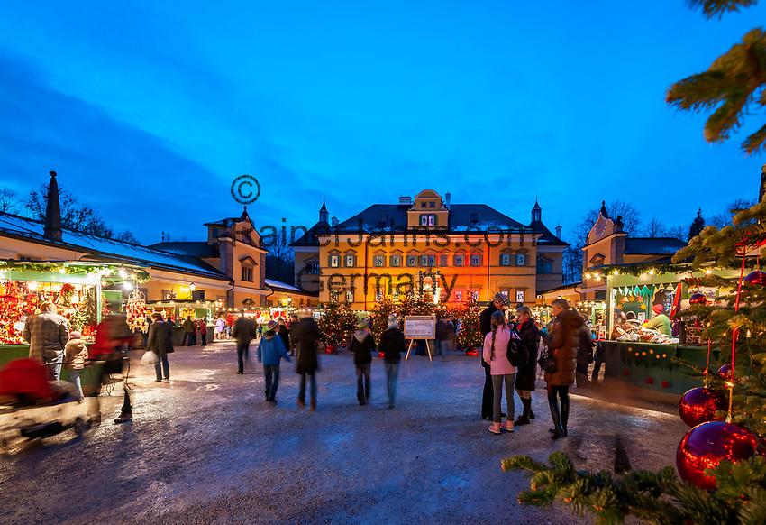 Oesterreich, Salzburger Land, Salzburg: Hellbrunner Adventzauber, Weihnachtsmarkt beim Schloss Hellbrunn   Austria, Salzburger Land, Salzburg: Christmas Market at Castle Hellbrunn