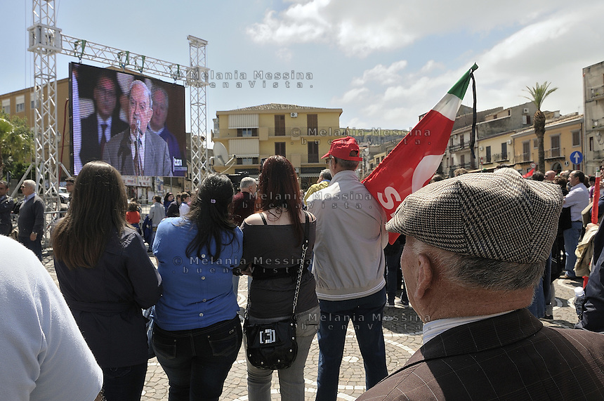 Corleone, during the state funeral of the unionist Placido Rizzotto killed by mafia on 1948, in the square people assist to celebration through the big screen. .<br />