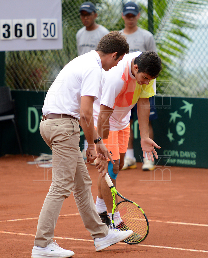 MEDELLIN - COLOMBIA - 09 - 04 - 2017: Christian Garín de Chile durante partido de la serie final de partidos en el Grupo I de la Zona Americana de la Copa Davis, partidos entre Colombia y Chile, en Country Club Ejecutivos de la ciudad de Medellin. / Nicolas Jarry and Hans Podlipnik, of Chile, during a match to the final series of matches in Group I of the American Zone Davis Cup, match between Colombia and Chile, at the Country Club Executives in Medellin city. Photo: , at the Country Club Executives in Medellin city. Photo: VizzorImage / Leon Monsalve / Cont.