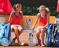August 9, 2014, Netherlands, Rotterdam, TV Victoria, Tennis, National Junior Championships, NJK,  Girls 14 years final: Emma Goedkoop and Roos van Reek<br /> Photo: Tennisimages/Henk Koster