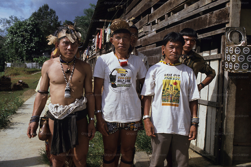 LOGGING &amp; INDIGENOUS DAYAKS, MALAYSIA. Sarawak, Borneo, South East Asia.&nbsp; Along Sega (lhs) Penan, Kelabit Jangin Taibilung, and Penan Aweng, all three activists fighting for landrights issues in the face of commercial logging, 1989 <br />