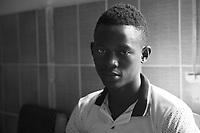 Sopravvissuti all'Ebola in Sierra Leone nella foto Husman Fofanah 25 anni ha sofferto d'Ebola un mese e ha perso sei familiari. Sono sopravvissuti solo lui e la sorella Marie Fofanah people Lunsar 30/03/2016 foto Matteo Biatta<br /> <br /> Ebola survivors in Sierra Leone in the picture Husman Fofanah 25 years old. He had suffered of Ebola one month and he lost six relativies. In his family survivor only he and his sister Marie Fofanah people Lunsar 30/03/2016 photo by Matteo Biatta