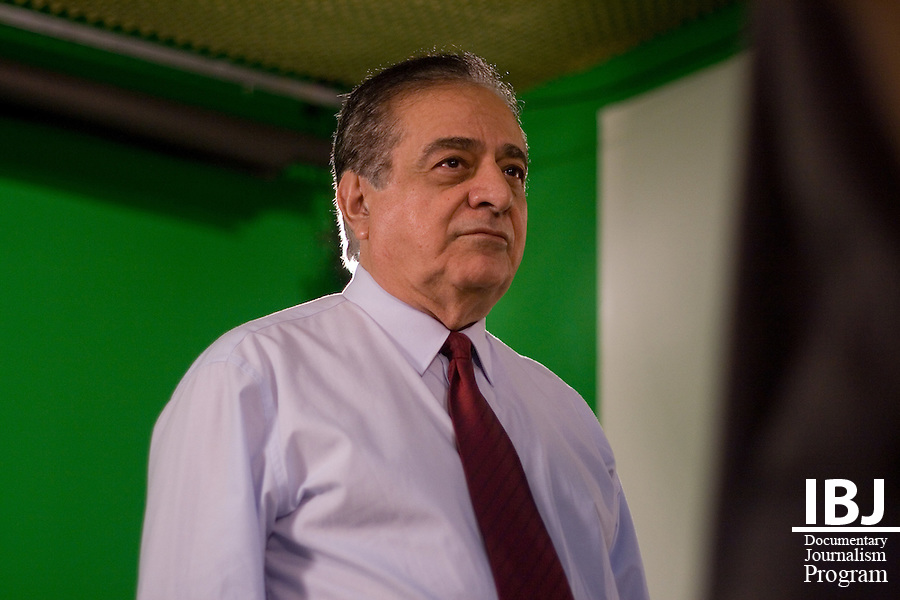 Faiçal preps before narrating Dr. Aziz Saliba's film on habeas corpus. Faiçal is Director General of Universidade de Itauna. He has been assisting Saliba as he approaches completion of his project with International Bridges to Justice. Saliba is a 2008 JusticeMaker who is producing one film for the general public on habeas corpus and a second video for the legal profession on the Inter-American Court. .
