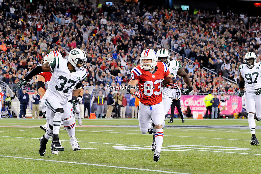 October 21, 2012 New England Patriots wide receiver Wes Welker (83) is chased out of bounds during the New England Patriots vs New York Jets game played at Gillette Stadium in Foxborough, Massachusetts.   Eric Canha/CSM
