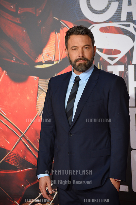 Ben Affleck at the world premiere for &quot;Justice League&quot; at The Dolby Theatre, Hollywood. Los Angeles, USA 13 November  2017<br /> Picture: Paul Smith/Featureflash/SilverHub 0208 004 5359 sales@silverhubmedia.com