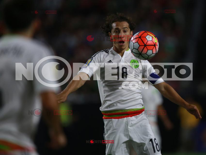 Andres Guardado de Mexico   ,durante partido entre las selecciones de Mexico y Guatemala  de la Copa Oro CONCACAF 2015. Estadio de la Universidad de Arizona.<br /> Phoenix Arizona a 12 de Julio 2015.
