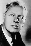 Nikolai Okhlopkov- soviet and russian film and theater actor. | Николай Павлович Охлопков - cоветский и российский актёр театра и кино.