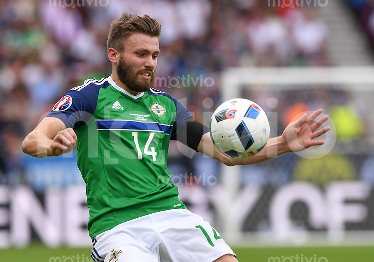 FUSSBALL EURO 2016 GRUPPE C IN PARIS Nordirland - Deutschland     21.06.2016 Stuart Dallas (Nordirland)