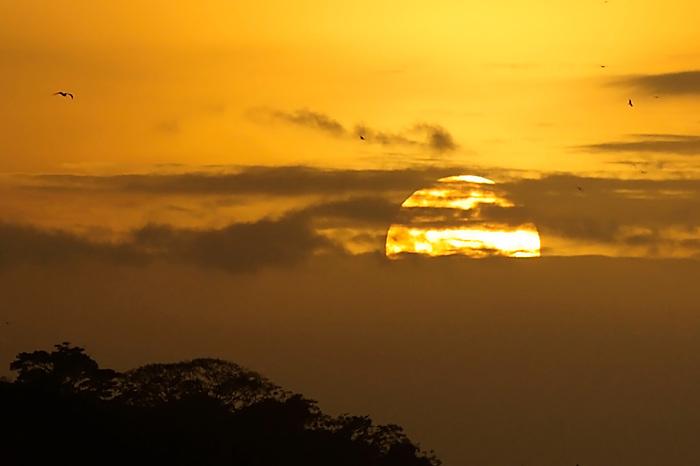 La isla de Ícaro / atardecer en Saboga, Archipiélago de Las Perlas / Panamá.<br /> <br /> EDICIÓN LIMITADA (10)