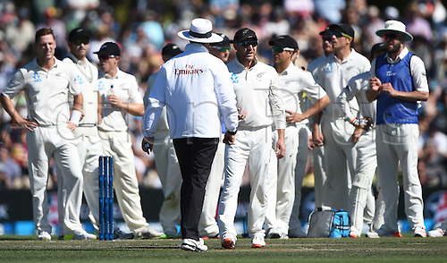 21.02.2016. Christchurch New Zealand.  Brendon McCullum talks to umpire Richard Kettleborough regarding the DRS on the Joe Burns wicket on Day 2 of the 2nd test match. New Zealand Black Caps versus Australia. Hagley Oval in Christchurch, New Zealand. Sunday 21 February 2016.