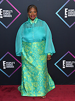 LOS ANGELES, CA. November 11, 2018: Retta at the E! People's Choice Awards 2018 at Barker Hangar, Santa Monica Airport.<br /> Picture: Paul Smith/Featureflash