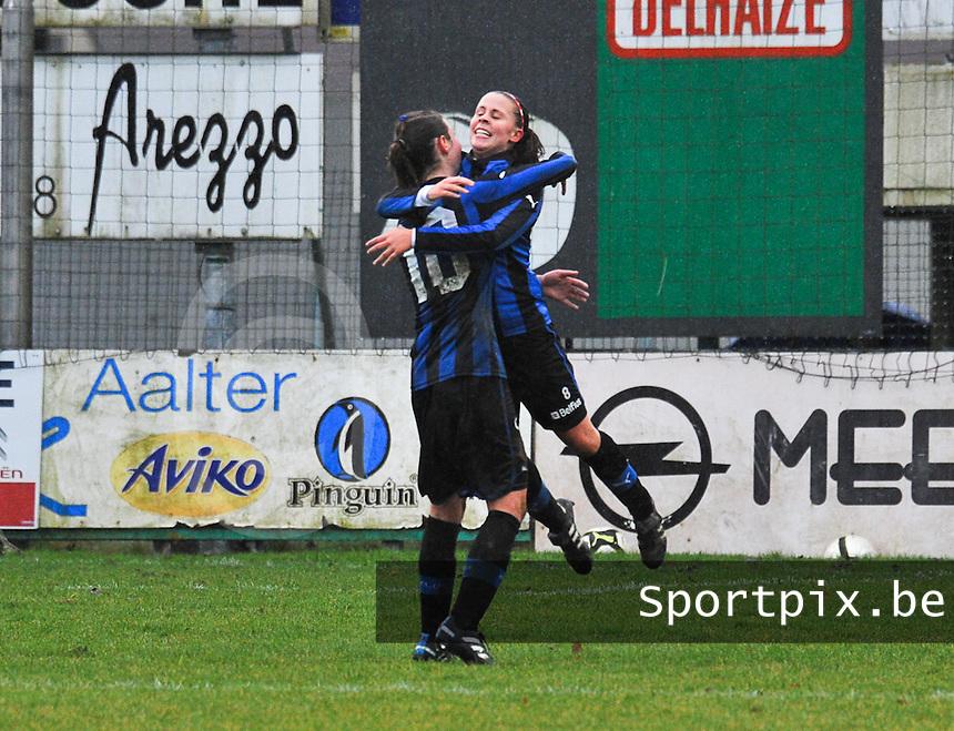 Club Brugge - STVV : vreugde bij Nina Vindevoghel na een doelpunt.foto Joke Vuylsteke / Vrouwenteam.be
