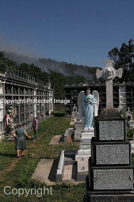 cementerio na costa da morte