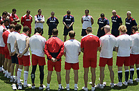 PICTURE BY VAUGHN RIDLEY/SWPIX.COM - Rugby League - Rugby League World Cup 2008 - England Training Session - Easts League Club, Brisbane, Australia - 11/11/08...Copyright - Simon Wilkinson - 07811267706...The England Squad pause for a minute silence before a training session on Remeberance Day.