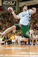 Momir Rnic (FAG) im Sprungwurf, zieht ab