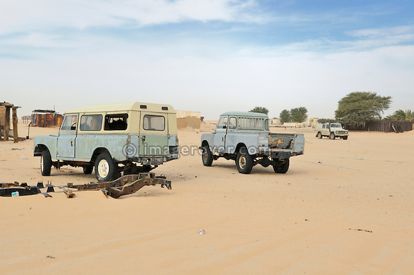 Africa, Mauritania, Sahara Desert. Old Series 3 Land Rover Santana at a small village between Nouadhibou and Choum. --- No releases available. Automotive trademarks are the property of the trademark holder, authorization may be needed for some uses.