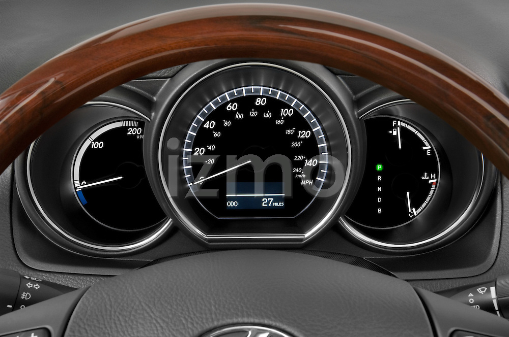 Instrument panel close up detail view of a 2008 Lexus RX Hybrid
