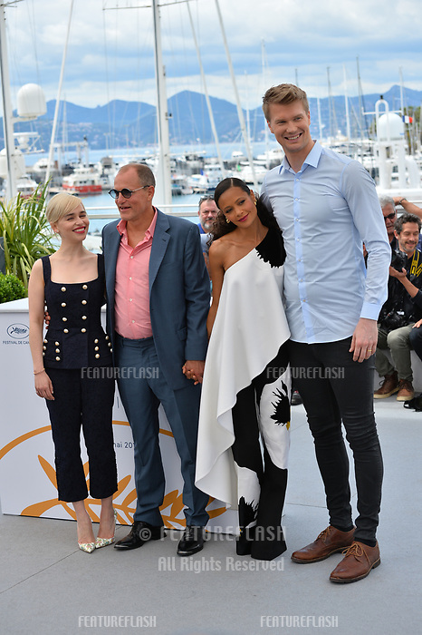 Emilia Clarke, Woody Harrelson, Thandie Newton &amp; Joonas Suotamo at the photocall for &quot;Solo: A Star Wars Story&quot; at the 71st Festival de Cannes, Cannes, France 15 May 2018<br /> Picture: Paul Smith/Featureflash/SilverHub 0208 004 5359 sales@silverhubmedia.com
