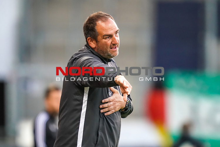 Frank Schmidt (1. FC Heidenheim 1846 #Trainer, Headcoach)<br /> <br /> <br /> Sport: nphgm001: Fussball: 1. Bundesliga: Saison 19/20: Relegation 02; 1.FC Heidenheim vs SV Werder Bremen - 06.07.2020<br /> <br /> Foto: gumzmedia/nordphoto/POOL <br /> <br /> DFL regulations prohibit any use of photographs as image sequences and/or quasi-video.<br /> EDITORIAL USE ONLY<br /> National and international News-Agencies OUT.