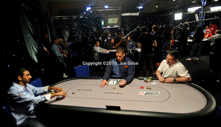Faraz Jaka and Perry Horwich heads up