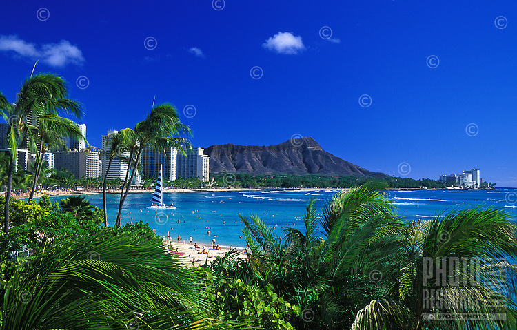A spectacular view of Oahu's most scenic landmark, Diamond Head.