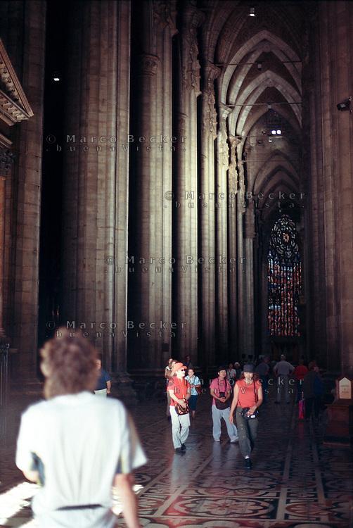 Milano, interno del Duomo --- Milan, interior of the Cathedral