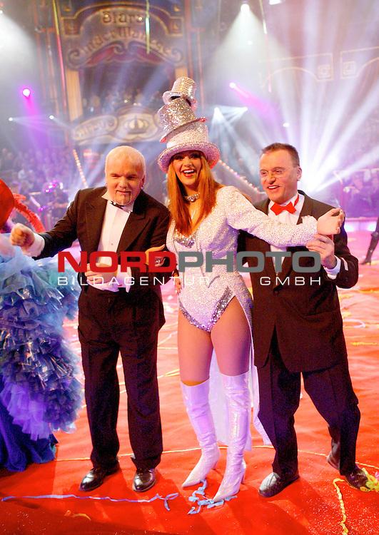 41 Gala - Stars in der Manege im Circus Krone Muenchen<br /> <br />  Finale - Gerry Friedle Anton feat. DJ Oetzi + Verona Feldbusch + Otto Wessely <br /> <br /> Foto &copy; nordphoto<br /> <br /> <br /> <br />  *** Local Caption *** Foto ist honorarpflichtig! zzgl. gesetzl. MwSt.<br />  Belegexemplar erforderlich<br /> Adresse: nordphoto<br /> Georg-Reinke-Strasse 1<br /> 49377 Vechta