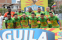 ENVIGADO- COLOMBIA, 22-04-2018: Formación del Atlético Huila contra el Envigado durante partido por la fecha 17 de la Liga Águila I 2018 jugado en el estadio Polideportivo Sur  de la ciudad de Medellín. / Team of Atletico Huila agaisnt of Envigado during the match for the date 17 of the Liga Aguila I 2018 played at the Polideportivo Sur Stadium in Medellin city. Photo: VizzorImage / León Monsalve / Contribuidor