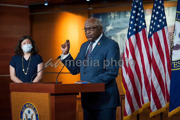 House Rep. James Clyburn (D-SC) offers remarks as he joins House Speaker Nancy Pelosi (D-Calif) and others during a press conference on the Trump Administration's response to, and Democrats' plan for COVID-19 testing in the House Visitors Center Studio at the U.S. Capitol in Washington, DC, Wednesday, May 27, 2020. Credit: Rod Lamkey / CNP/AdMedia