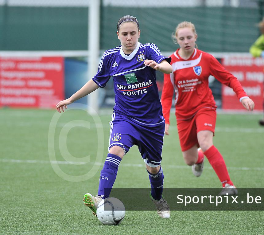 AA Gent Ladies U16 - RSC Anderlecht :  Shauny Polfliet.foto DAVID CATRY / Nikonpro.be