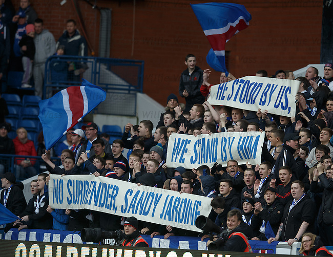 Fans tribute to Sandy Jardine who is being treated for cancer