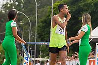 SAO PAULO, SP, 09.04.2016 -MARATONA-SP- Edson Amaro Arruda dos Santos (Brasil),conquista o segundo lugar nos 42 KM com o tempo de 02:21:53 durante a 23ª edição da Maratona Internacional de São Paulo, realizado na cidade de São Paulo, SP, neste domingo (09). (Foto: Danilo Fernandes/Brazil Photo Press)