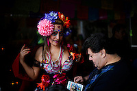 A reveller takes part in the Mexican anniversary of Day of the Dead in the Manhattan neighborhood, New York. 25.06.2015. Eduardo MunozAlvarez/VIEWpress.