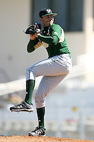 February 20, 2009:  Pitcher Randy Fontanez (7) of the University of South Florida during the Big East-Big Ten Challenge at Jack Russell Stadium in Clearwater, FL.  Photo by:  Mike Janes/Four Seam Images