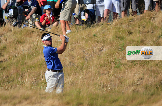 Louis Oosthuizen (RSA) tees off the 16th tee during Sunday's Final Round of the 2015 U.S. Open 115th National Championship held at Chambers Bay, Seattle, Washington, USA. 6/22/2015.<br /> Picture: Golffile | Eoin Clarke<br /> <br /> <br /> <br /> <br /> All photo usage must carry mandatory copyright credit (&copy; Golffile | Eoin Clarke)