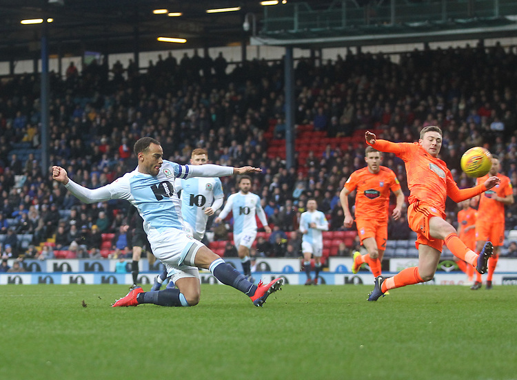 Blackburn Rovers Elliott Bennett misses from close range<br /> <br /> Photographer Mick Walker/CameraSport<br /> <br /> The EFL Sky Bet Championship - Blackburn Rovers v Ipswich Town - Saturday 19 January 2019 - Ewood Park - Blackburn<br /> <br /> World Copyright © 2019 CameraSport. All rights reserved. 43 Linden Ave. Countesthorpe. Leicester. England. LE8 5PG - Tel: +44 (0) 116 277 4147 - admin@camerasport.com - www.camerasport.com