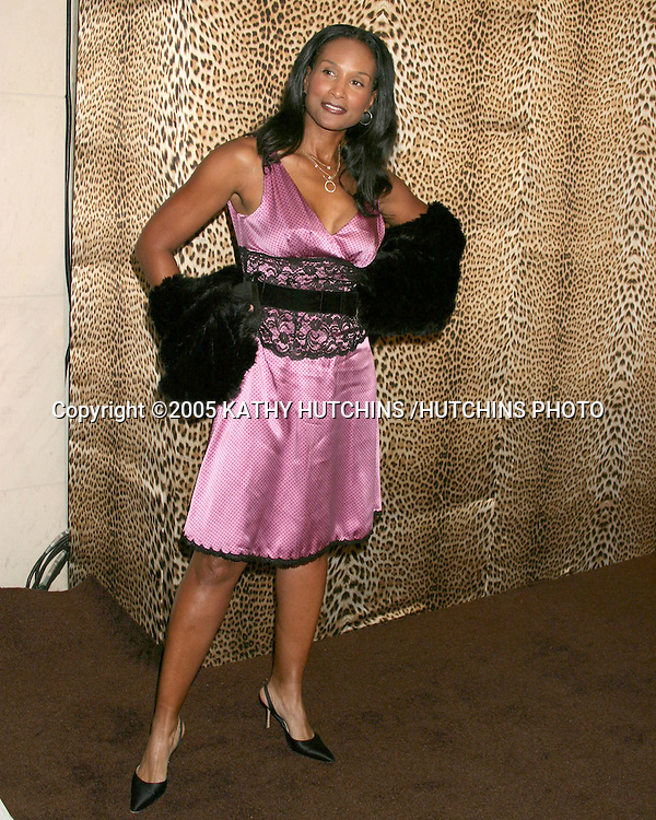 BEVERLY JOHNSON.ROBERTO CAVALLI STORE OPENING.BEVERLY HILLS, CA.FEBRUARY 15 , 2005.©2005 KATHY HUTCHINS /HUTCHINS PHOTO.