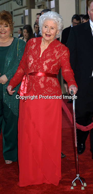 ©2003  KATHY HUTCHINS/HUTCHINS PHOTO.THE 29 ANNUAL PEOPLE'S CHOICE AWARDS.PASADENA, CA. 1/12/03.FRANCES REID.