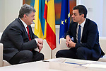 Spanish President, Pedro Sanchez receive to Ukrainian President, Petró Poroshenko at La Moncloa in Madrid, Spain. June 04, 2018. (ALTERPHOTOS/Borja B.Hojas)