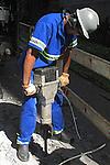 Trabalho em construção. São Paulo. 2009. Foto de Juca Martins.