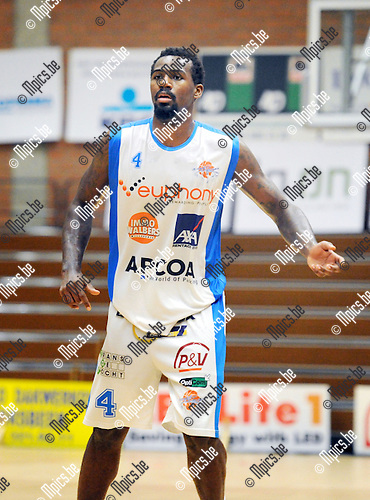 2013-10-01 / Basketbal / seizoen 2013-2014 / Kangoeroes Willebroek / Toarlyn Fitzpatrick<br />