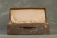 Willard Suitcases / Rose Marie B / ©2014 Jon Crispin