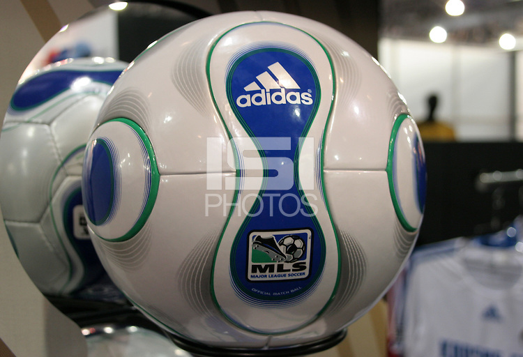 2006 MLS teamgeist ball | International Sports Images