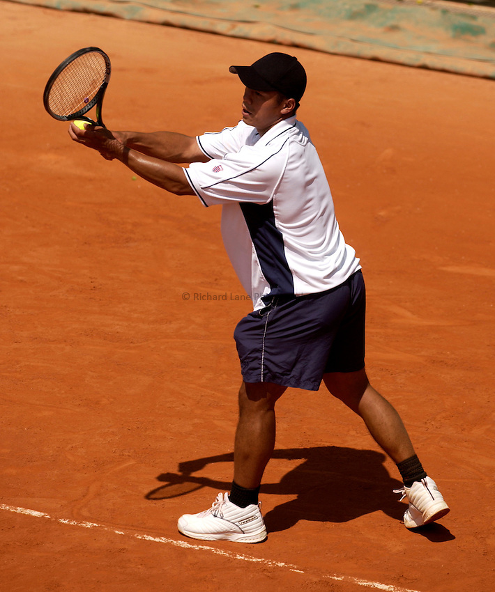 Photo. Jed Wee.French Open Tennis Championships, Rolland Garros, Paris, France. 26/05/2003..Cecil Mamiit.
