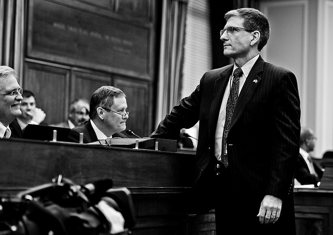 Rep.-elect Joe Heck, R-Nev., draws the number 19 pick in the House office lottery for the newly elected members of Congress on Friday morning, Nov. 19, 2010.