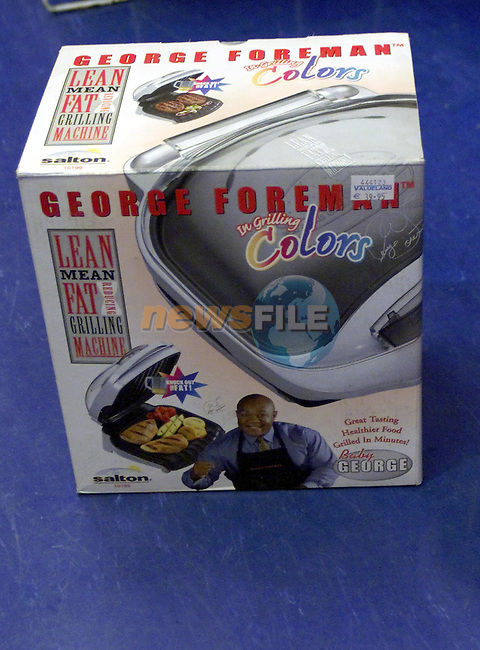 George Foreman Grill...Picture  Newsfile...This Picture is sent to you by:..Newsfile Ltd.The View, Millmount Abbey, Drogheda, Co Louth, Ireland..Tel: +353419871240.Fax: +353419871260.GSM: +353862500958.ISDN: +353419871010.email: pictures@newsfile.ie.www.newsfile.ie