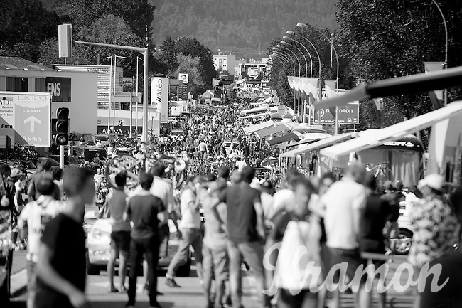 quite a crowd at the finish area<br /> <br /> 2014 Tour de France<br /> stage 11: Besançon - Oyonnax (187km)
