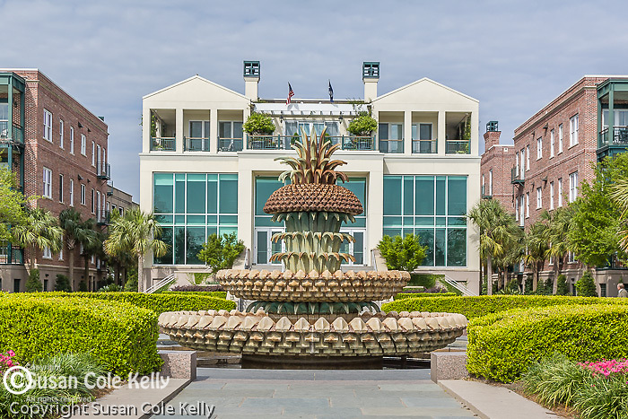 The Pineapple Fountain in Waterfront Park, Charleston, SC