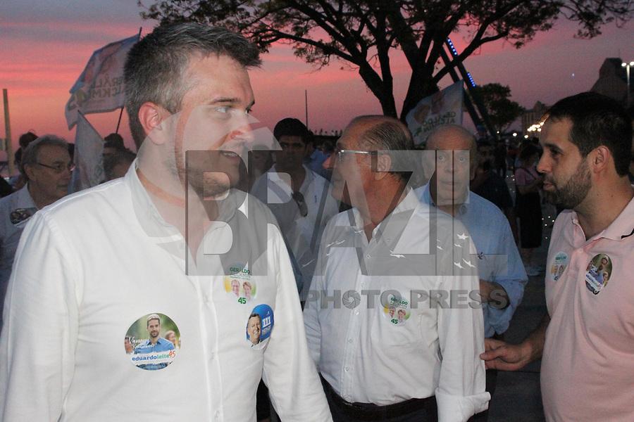 PORTO ALEGRE, RS, 29.09.2018 - ELEIÇÕES-2018 - Geraldo Alckmin, candidato do PSDB à Presidência da República, visita a cidade Porto Alegre neste sabado 29 (Foto: Naian Meneghetti/Brazil Photo Press)
